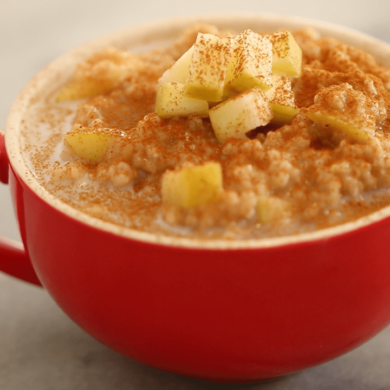 Apple Pie Microwave Oatmeal in a Mug