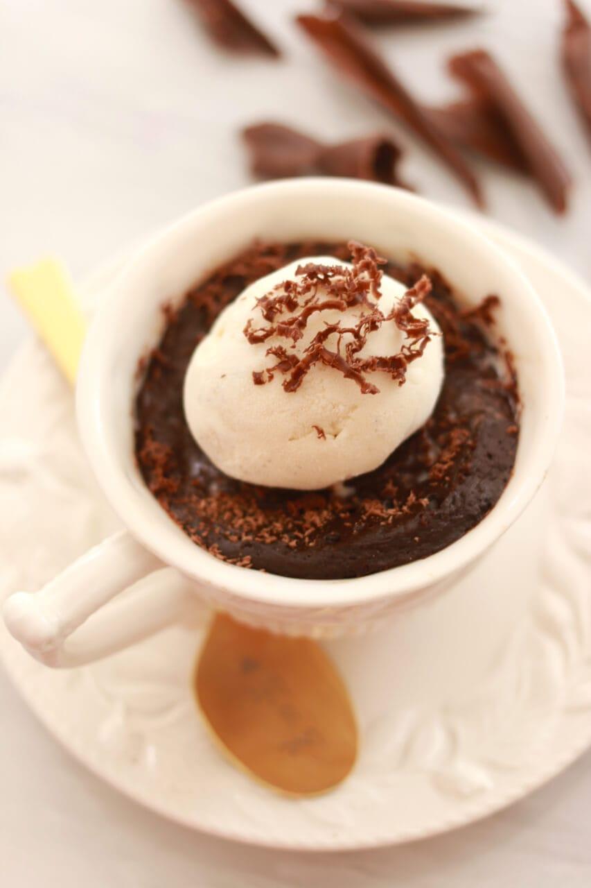 White Chocolate Microwave Mug Cake