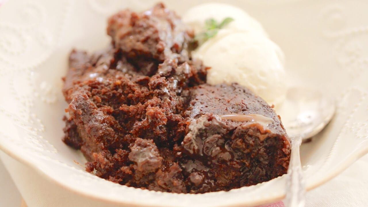 Crock Pot Gingerbread Pudding Cake- Thee most amazing moist gooey cake and so easy to make