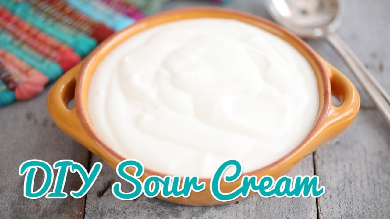 Making sour cream: a simpler and more complicated recipe 100