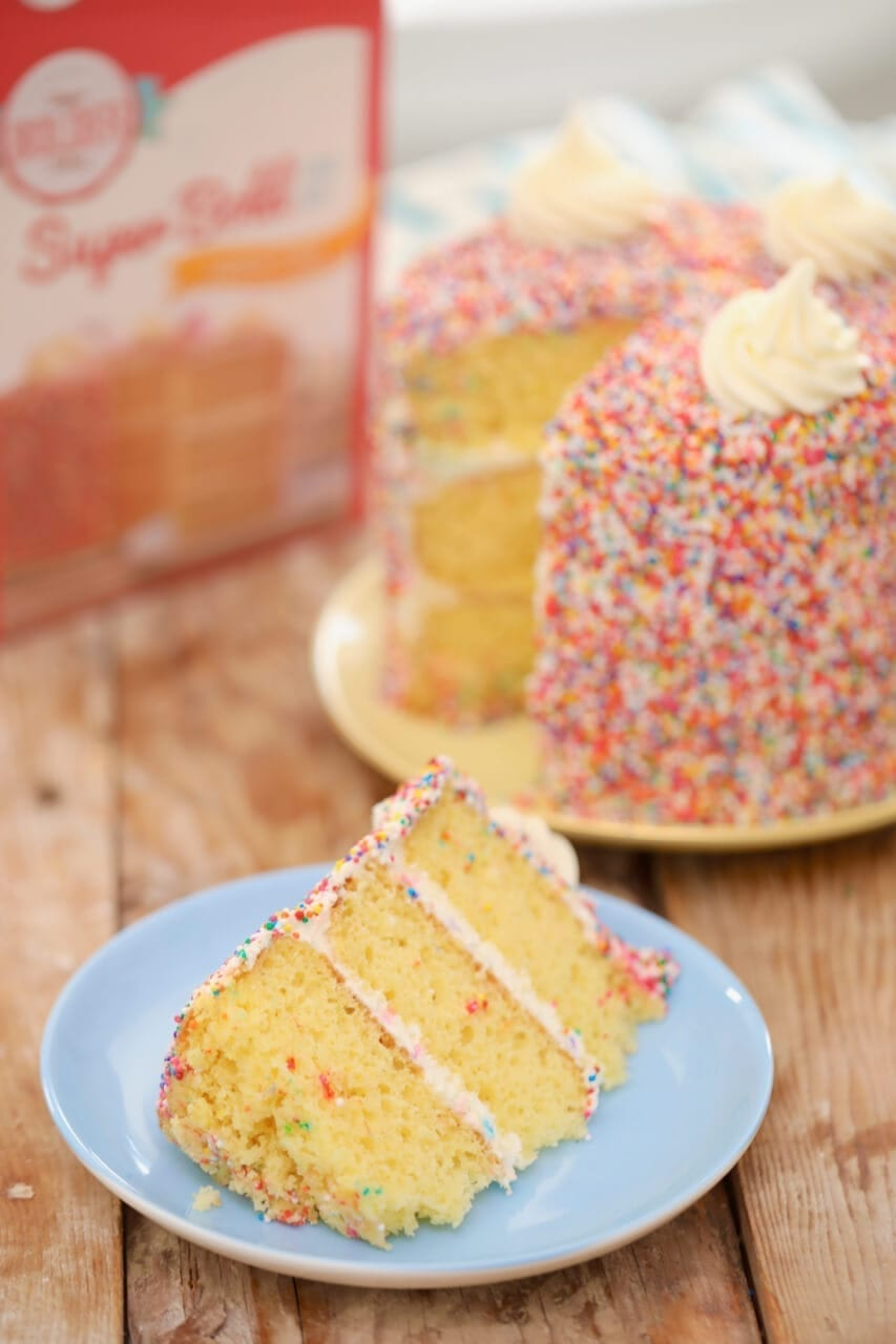 dry cake mix, box cake mix, dry box cake mix, vanilla cake, birthday cake, yellow cake, yellow cake mix, cake recipe, how to make cake, how to make birthday cake, how to make yellow cake