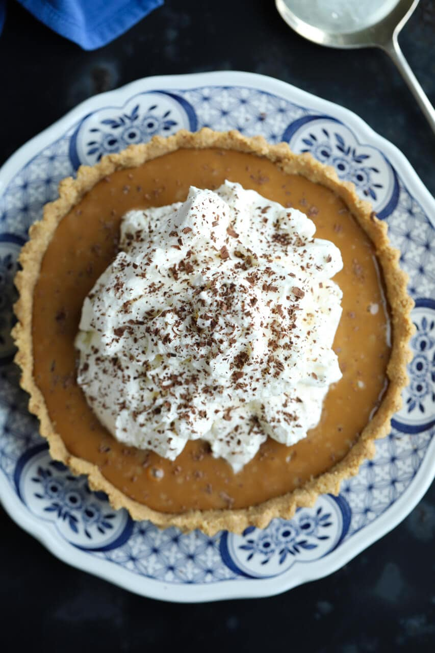 banoffee pie, banoffee pie recipe, how to make banoffee pie, no bake easy pie recipes, banana pie, caramel pie, english recipes, Irish recipes, no bake desserts, no bake tarts, tart recipes
