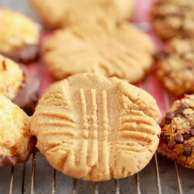 3 Ingredient Cookies: Three AMAZING Recipes!