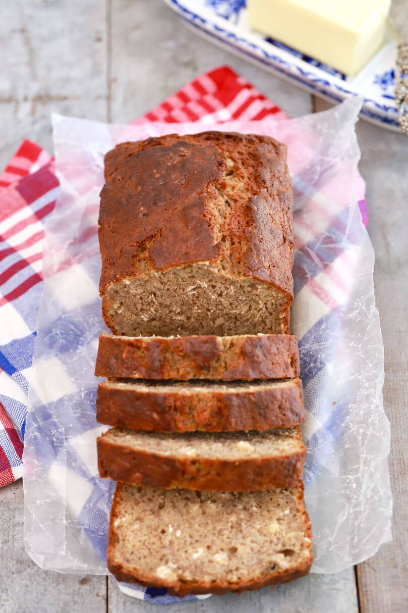 banana bread, best ever banana bread recipe, Banana bread recipe, Recipes, baking recipes, best ever banana bread, dessert, easy banana bread recipe, desserts recipes, desserts, cheap recipes, easy desserts, quick easy desserts, best desserts, best ever desserts, how to make, how to bake, cheap desserts, affordable recipes, Homemade recipes, homemade desserts, recipes for kids, baking with kids, baking with children, kid friendly recipes, child friendly recipes, recipes, best ever recipes, easy recipes, cheap desserts, simple desserts, simple recipes