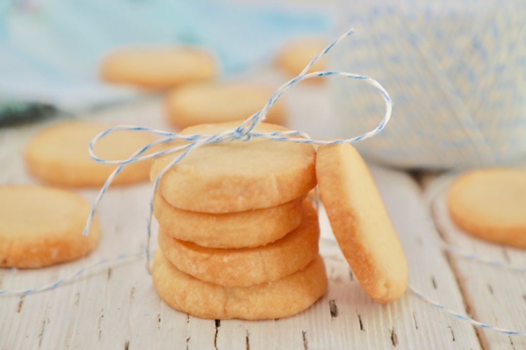 Shortbread Cookies made with only 3 ingredients!