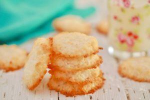 3 Ingredient Coconut Cookies (Vegan)