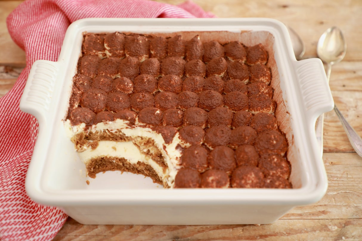 Easy 10-Minute Tiramisu - the perfect last minute dinner party dessert!!!
