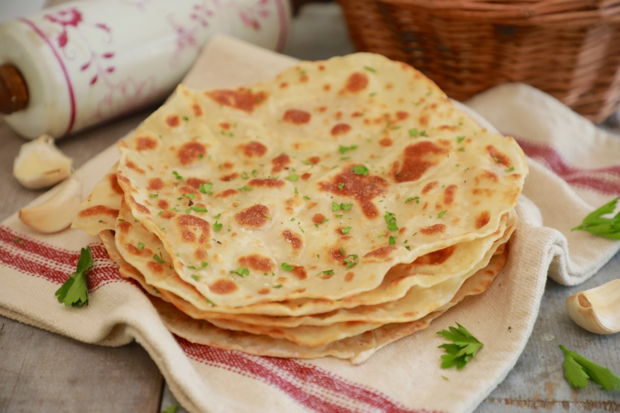A perfect flatbread using only 3 ingredients.