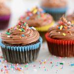 gluten free chocolate cupcakes, gluten free cupcakes, vegan cupcakes, vegan chocolate cupcakes, sugar free chocolate frosting, sugar free frosting, gluten free baking, gluten free desserts, gluten free chocolate desserts