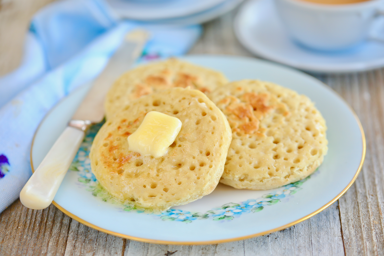 No-Knead Homemade Crumpets Recipe