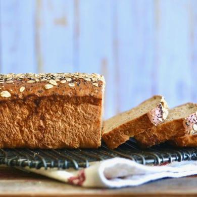 Homemade Whole Wheat Bread for Sandwiches (No Machine)