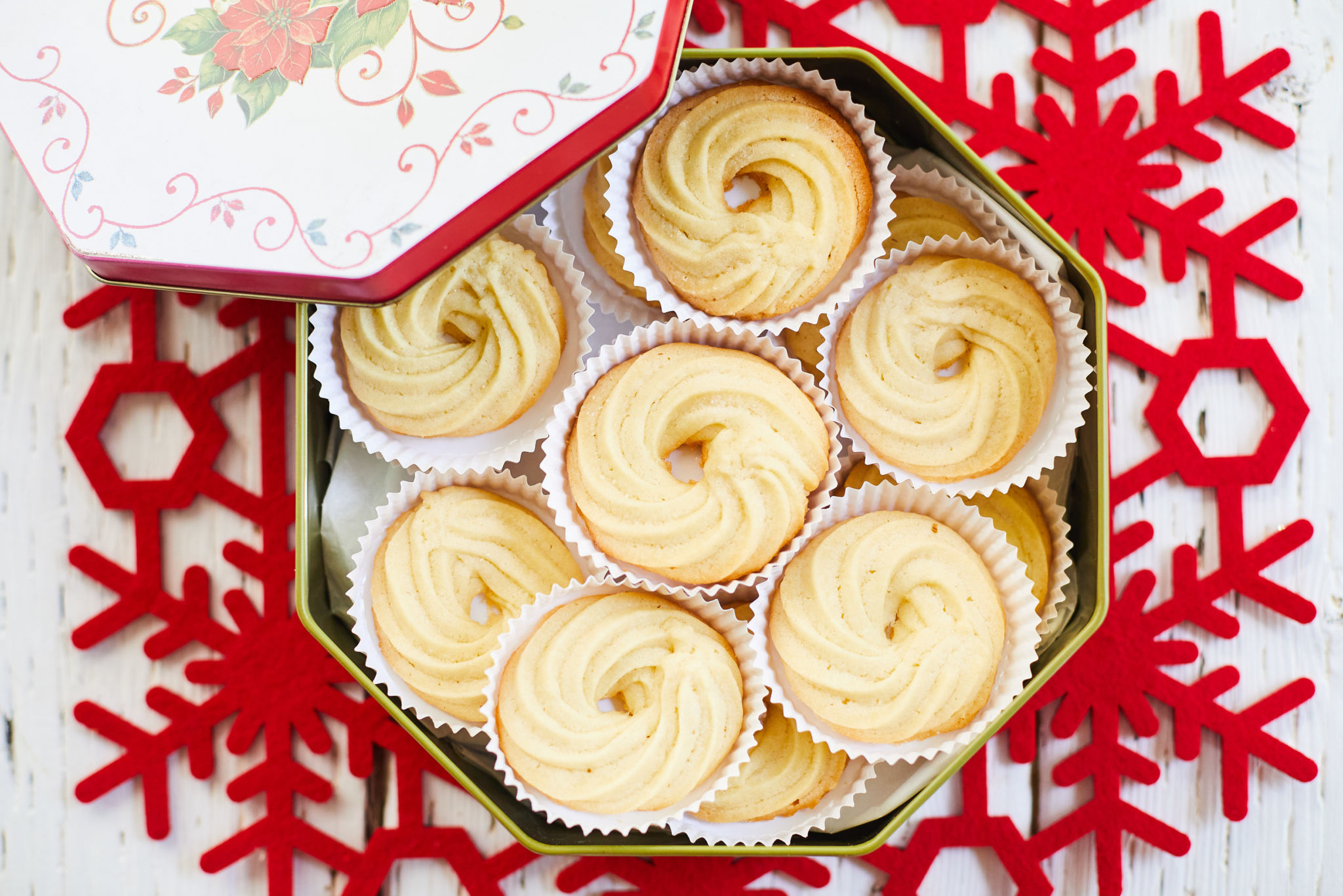 A top-down view of my Danish butter cookies in a tin.