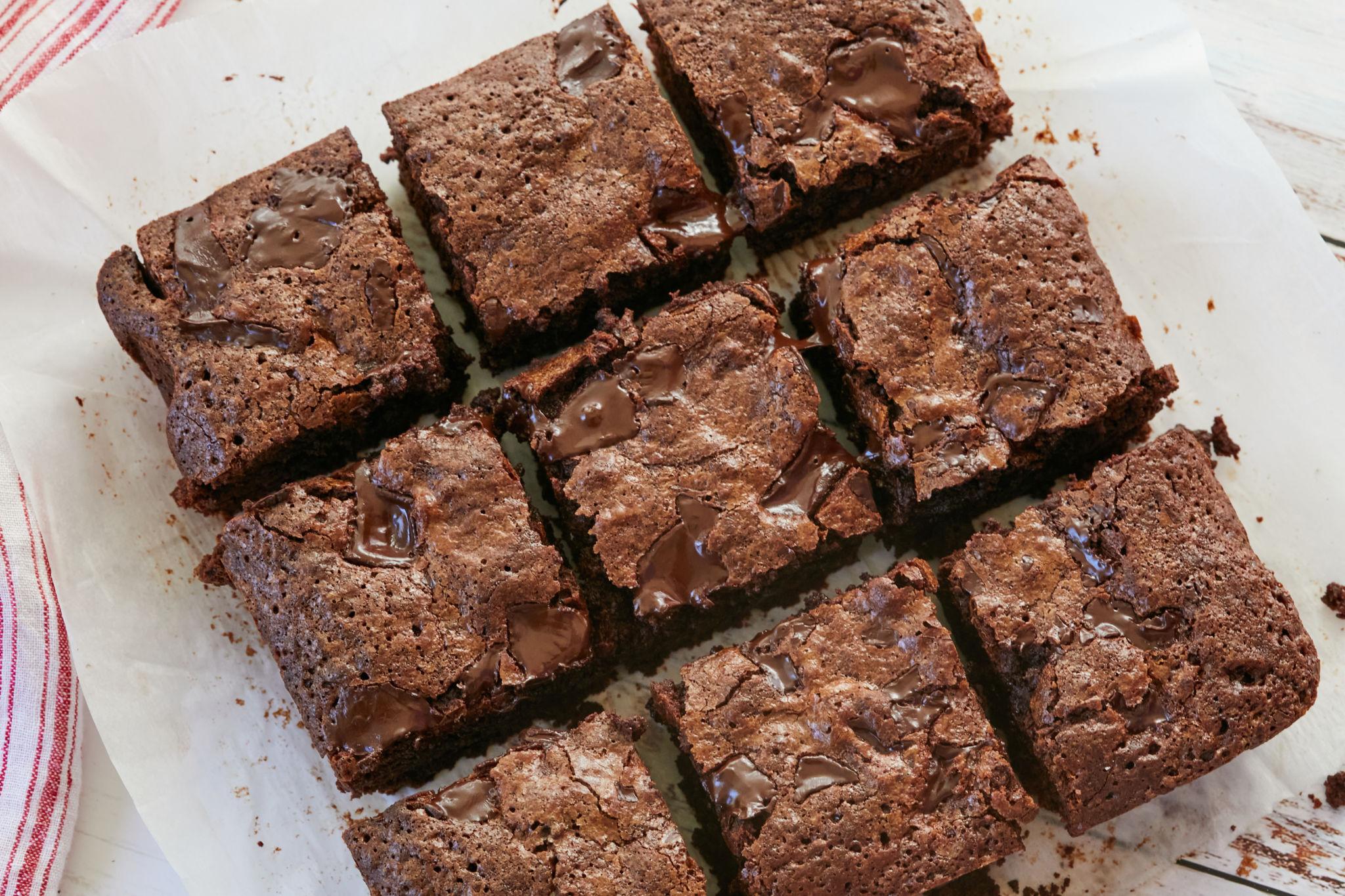 The Secret To Crinkle Top Brownies Gemma S Bigger Bolder Baking